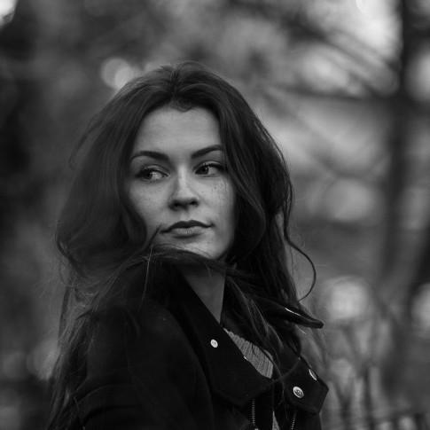 Portrait femme photographe grenoble